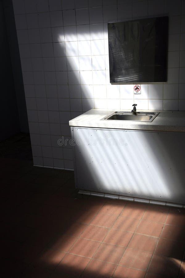 τουαλέτα καθρεφτών λεκ&al στοκ φωτογραφία