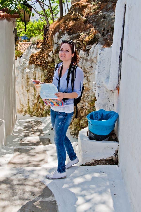 Τουρίστας γυναικών στοκ εικόνα με δικαίωμα ελεύθερης χρήσης