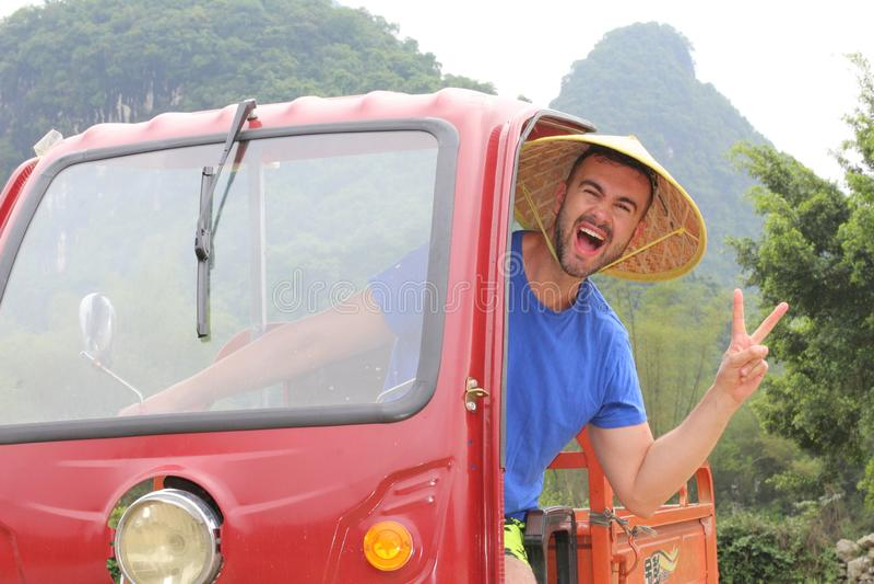 Τουρίστας που οδηγεί ένα tuk-tuk στην Ασία στοκ εικόνες με δικαίωμα ελεύθερης χρήσης