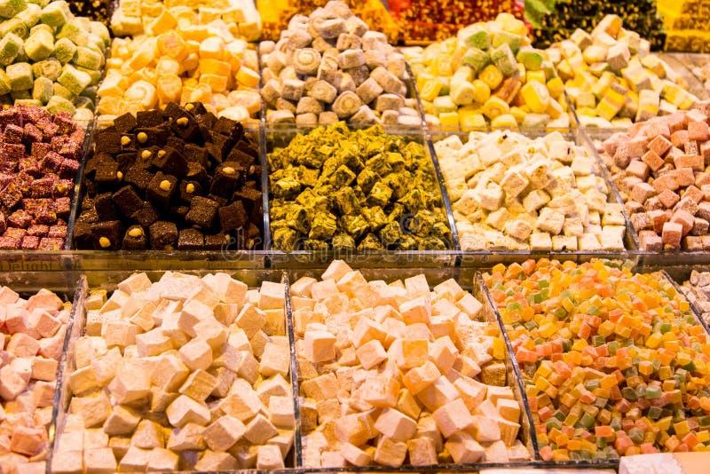 Τουρκικές απολαύσεις στο καρύκευμα Bazaar στοκ φωτογραφίες