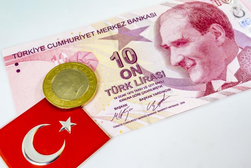 τουρκικό τραπεζογραμμάτιο με το τουρκικό νόμισμα και τουρκική σημαία στοκ εικόνες