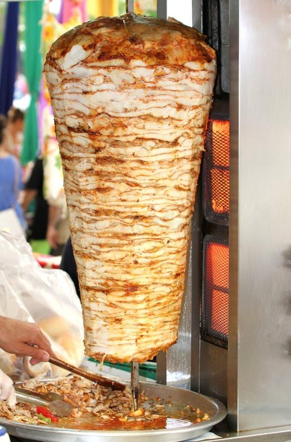 Τουρκικό doner kebab. (κοτόπουλο doner) στοκ φωτογραφία με δικαίωμα ελεύθερης χρήσης