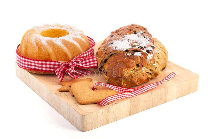 Τουρμπάνι Χριστουγέννων και ψωμί σταφίδων στοκ εικόνες