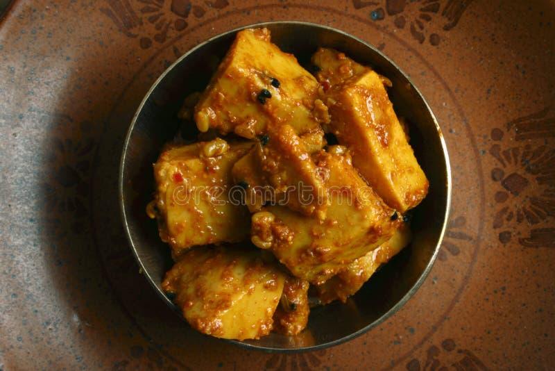 Τουρσί Kachalu - ένα δημοφιλές πικάντικο ινδικό τουρσί στοκ εικόνες