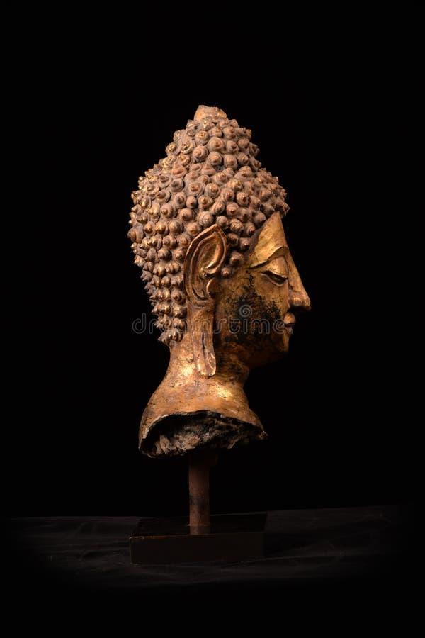 Του Βούδα επικεφαλής τέχνη Ταϊλάνδη Ayuttaya scrupture χρυσή καλύπτοντας στοκ φωτογραφία με δικαίωμα ελεύθερης χρήσης
