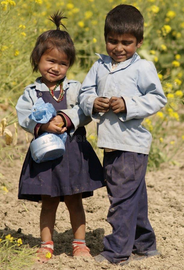 Του χωριού παιδιά σχολείου στοκ εικόνες