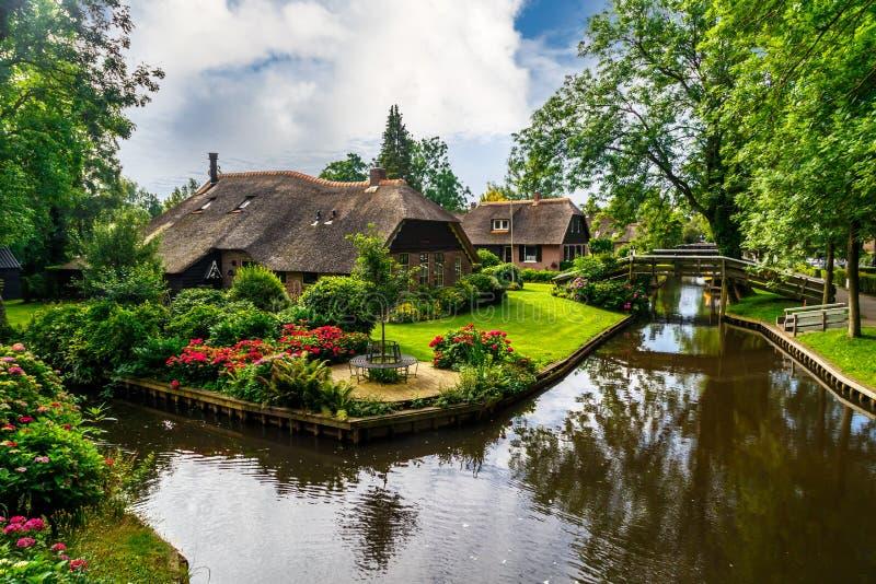 Του χωριού σκηνή Giethoorn στοκ εικόνες
