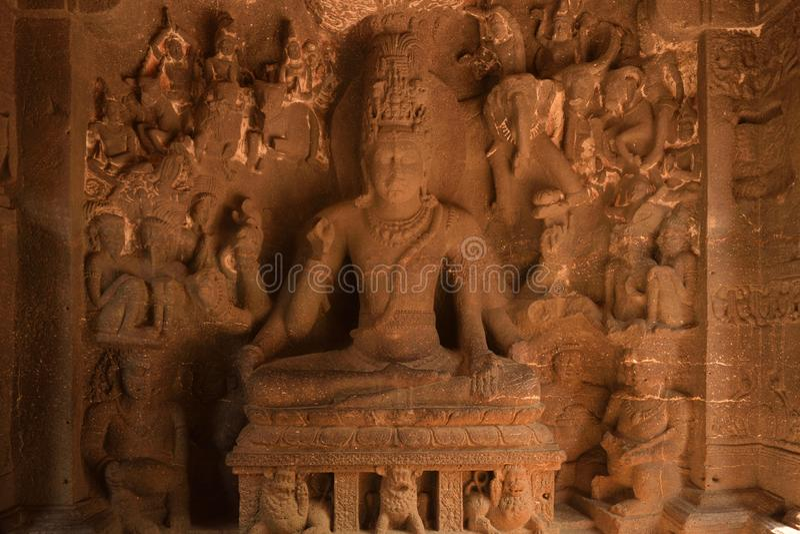 Το άγαλμα του Λόρδου Shiva, ο πανίσχυρος στο ναό Kailasa, Ellora ανασκάπτει στοκ φωτογραφίες με δικαίωμα ελεύθερης χρήσης