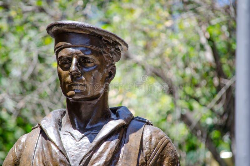 Το άγαλμα χαλκού στρατιωτών στο πολεμικό αναμνηστικό ` κενοτάφιο ` βρίσκεται στη θέση του Martin στοκ εικόνες
