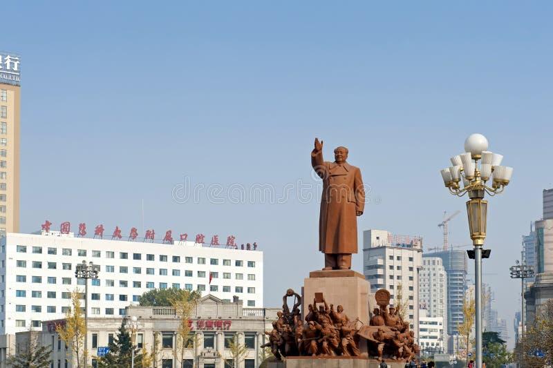 Το άγαλμα Mao Zedong στοκ εικόνες