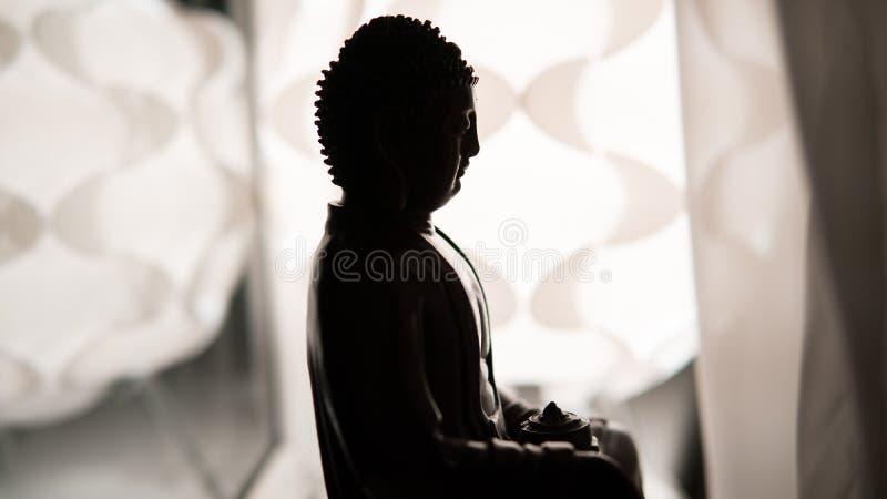 Το άγαλμα του Βούδα Shakyamuni Βουδισμός και Διαφωτισμός νιρβάνα εστίαση ρηχή στοκ φωτογραφία με δικαίωμα ελεύθερης χρήσης
