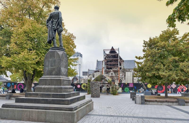 Το άγαλμα Godley που τοποθετείται μπροστά από τον καθεδρικό ναό Christchurch στο τετράγωνο καθεδρικών ναών ως εορτασμός στο John  στοκ εικόνα