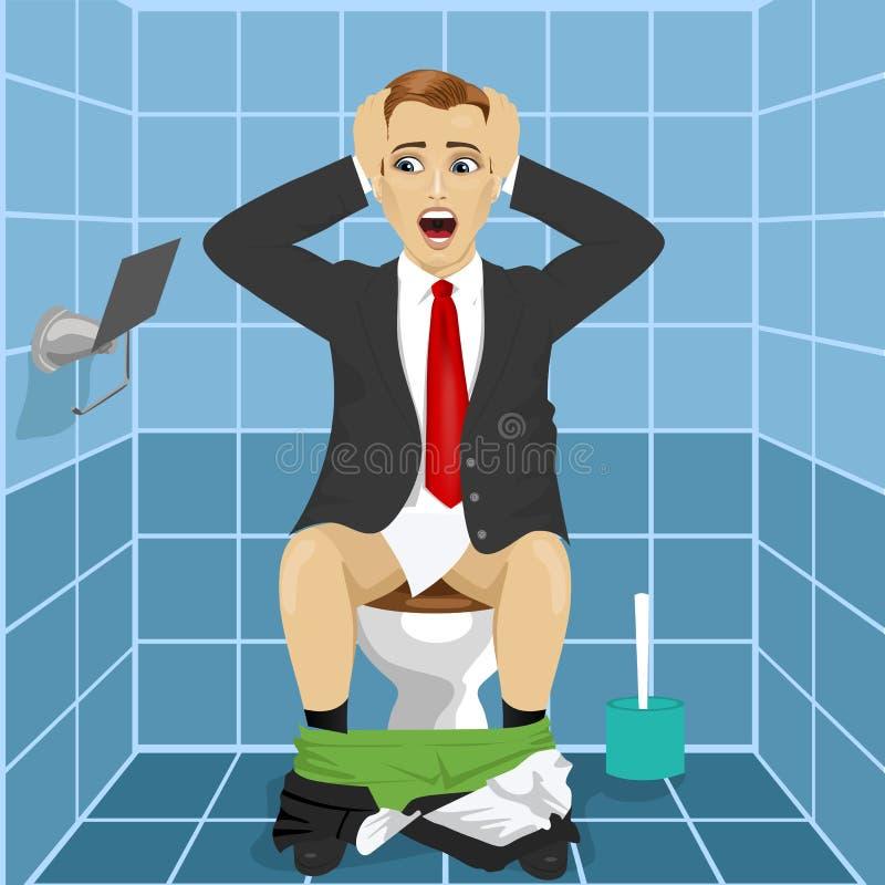 Το άτομο στη συνεδρίαση επιχειρησιακών κοστουμιών στο κάθισμα τουαλετών ανέτρεψε και συγκλόνισε την παρατήρηση ότι ρόλος χωρίς έγ ελεύθερη απεικόνιση δικαιώματος