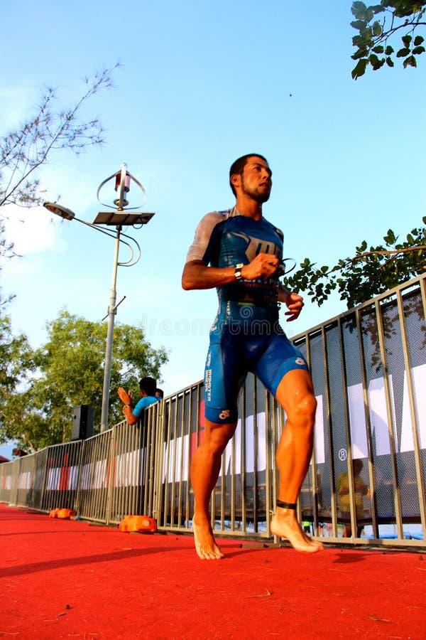 Το άτομο το 2014 σιδήρου της Μαλαισίας που τρέχει από κολυμπά στοκ εικόνες με δικαίωμα ελεύθερης χρήσης