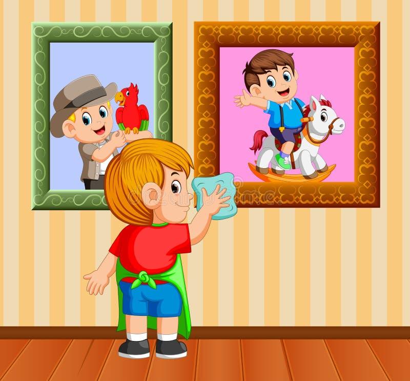Το αγόρι καθαρίζω η φωτογραφία πλαισίων με την πετσέτα στο σπίτι του διανυσματική απεικόνιση