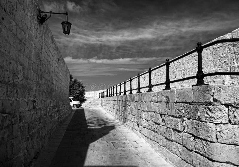 Το ανάχωμα Valletta Μάλτα μαύρο λευκό στοκ φωτογραφία με δικαίωμα ελεύθερης χρήσης