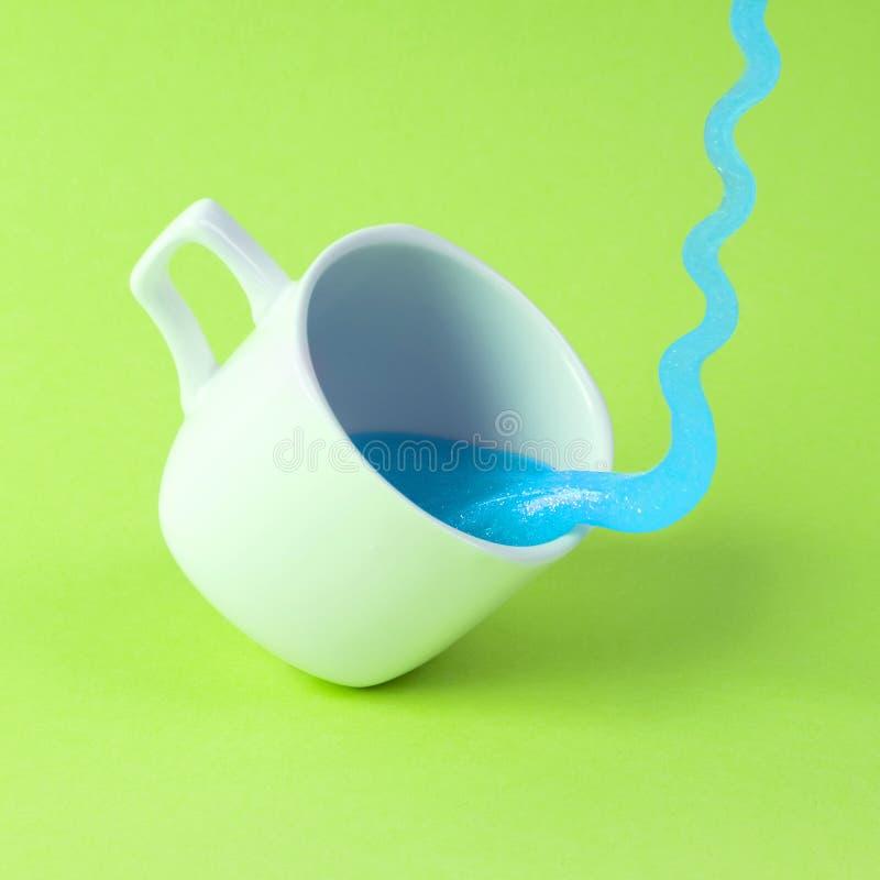 Το ανοιχτό μπλε ακτινοβολεί slime στοκ εικόνα