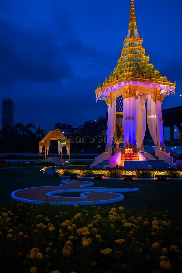 Το αντίγραφο του βασιλικού κρεματορίου του πρώην βασιλιά Bhumibol Adulyadej Αυτού Εξοχότη έχτισε για τη βασιλική κηδεία σε BITEC  στοκ εικόνες