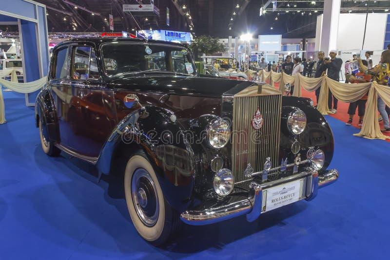 Το ασημένιο Dawn 1949 αυτοκίνητο Rolls-$l*royce στοκ φωτογραφίες