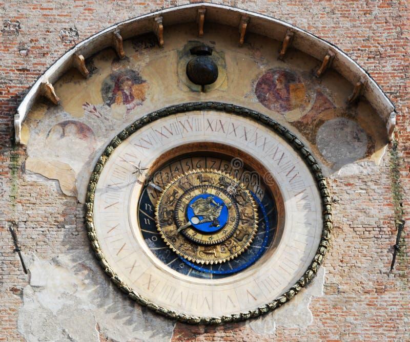 Το αστρονομικό ρολόι Mantova στοκ εικόνες