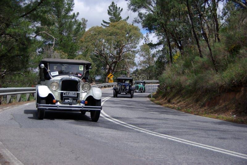 το αυτοκίνητο τρέχει τον τρύγο στοκ φωτογραφίες με δικαίωμα ελεύθερης χρήσης