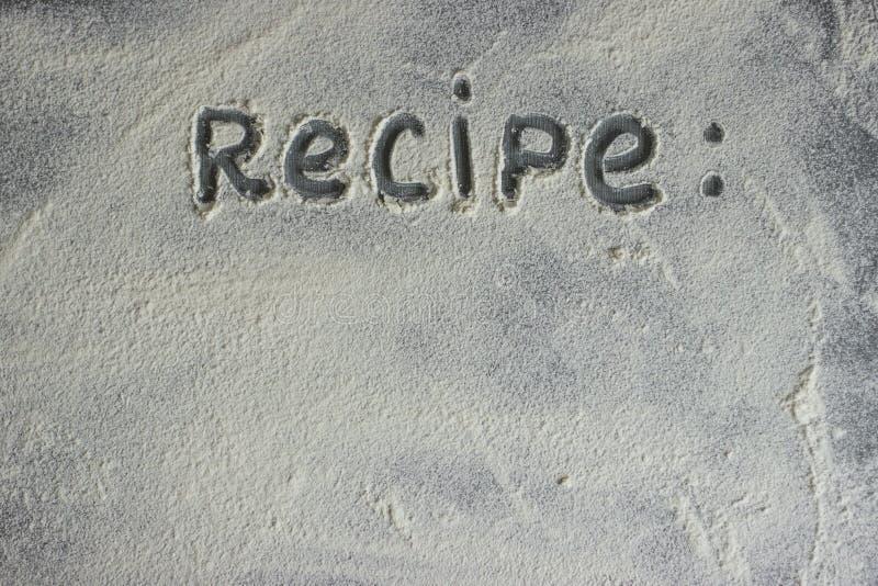Το αλεύρι σε ένα υπόβαθρο πετρών Ελεύθερου χώρου για το κείμενο στοκ φωτογραφίες