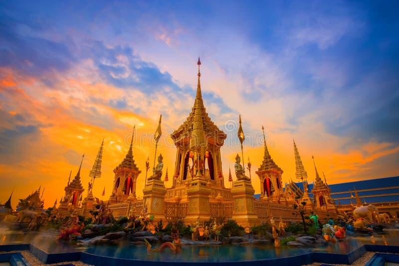 Το βασιλικό κρεματόριο του βασιλιά Bhumibol Adulyadej Αυτού Εξοχότη στη Μπανγκόκ, Ταϊλάνδη στοκ φωτογραφίες με δικαίωμα ελεύθερης χρήσης