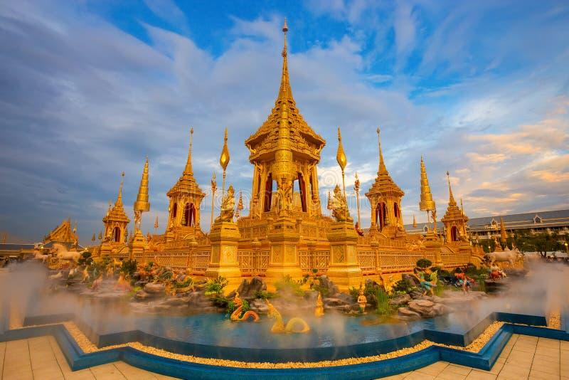 Το βασιλικό κρεματόριο του βασιλιά Bhumibol Adulyadej Αυτού Εξοχότη στη Μπανγκόκ, Ταϊλάνδη στοκ εικόνες