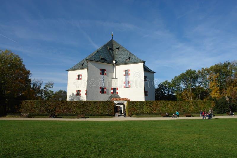 Το βασιλικό θερινό παλάτι αστεριών (Letohradek Hvezda) στοκ εικόνες