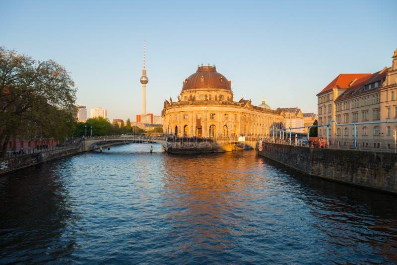 Το Βερολίνο προμηνύει το μουσείο στοκ φωτογραφία με δικαίωμα ελεύθερης χρήσης