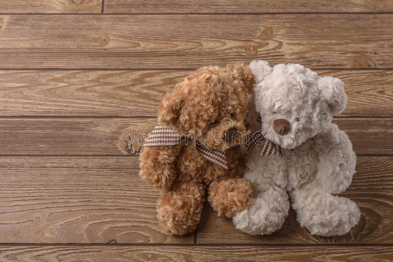 Το βελούδο Teddy αντέχει το ζεύγος στοκ εικόνες