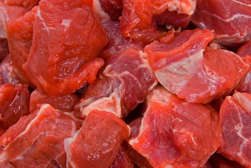 το βόειο κρέας χώρισε σε τετράγωνα ακατέργαστο στοκ φωτογραφία με δικαίωμα ελεύθερης χρήσης