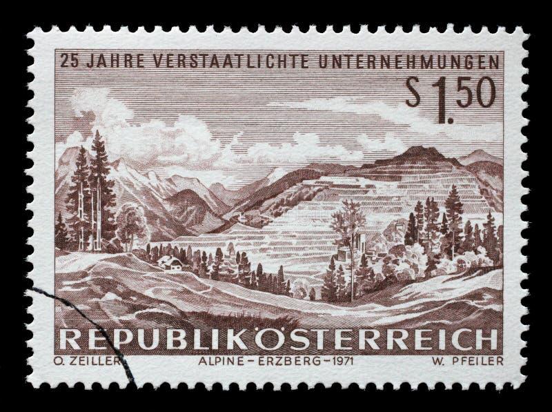 Το γραμματόσημο που τυπώνεται στην Αυστρία παρουσιάζει μεταλλεία σιδήρου σε Erzberg στοκ φωτογραφία με δικαίωμα ελεύθερης χρήσης