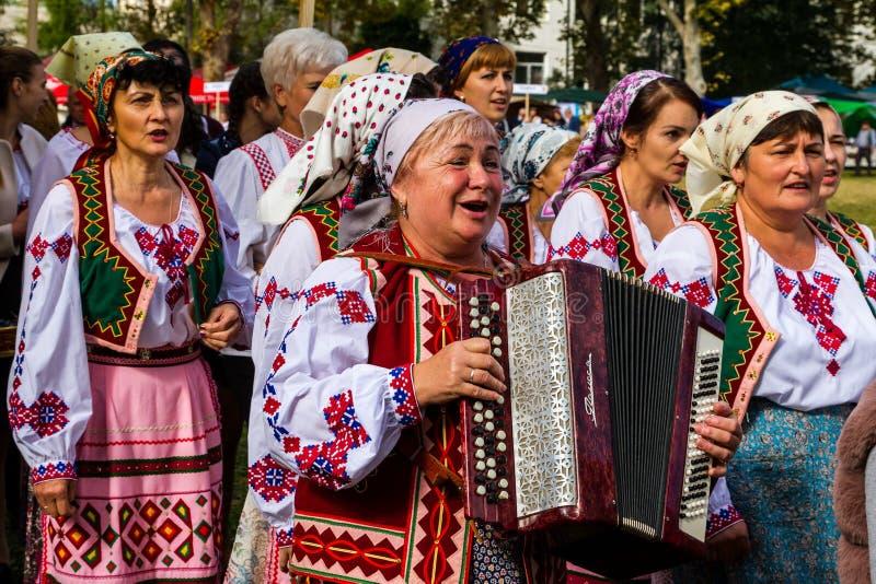 Το δεύτερο εθνικό φεστιβάλ Bobovischenske Grono έγινε σε Zaka στοκ εικόνα