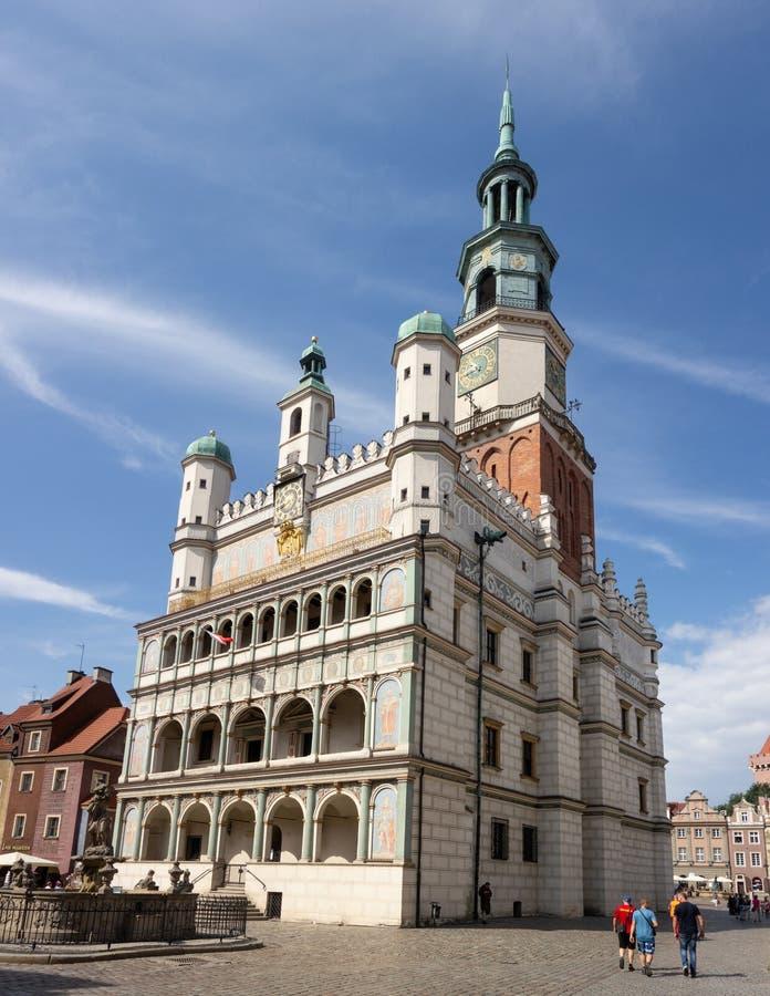 Το διάσημο Δημαρχείο στο Πόζναν, Πολωνία σε μια πλατεία της πόλης κάλεσε Stary Rynek στοκ φωτογραφία με δικαίωμα ελεύθερης χρήσης