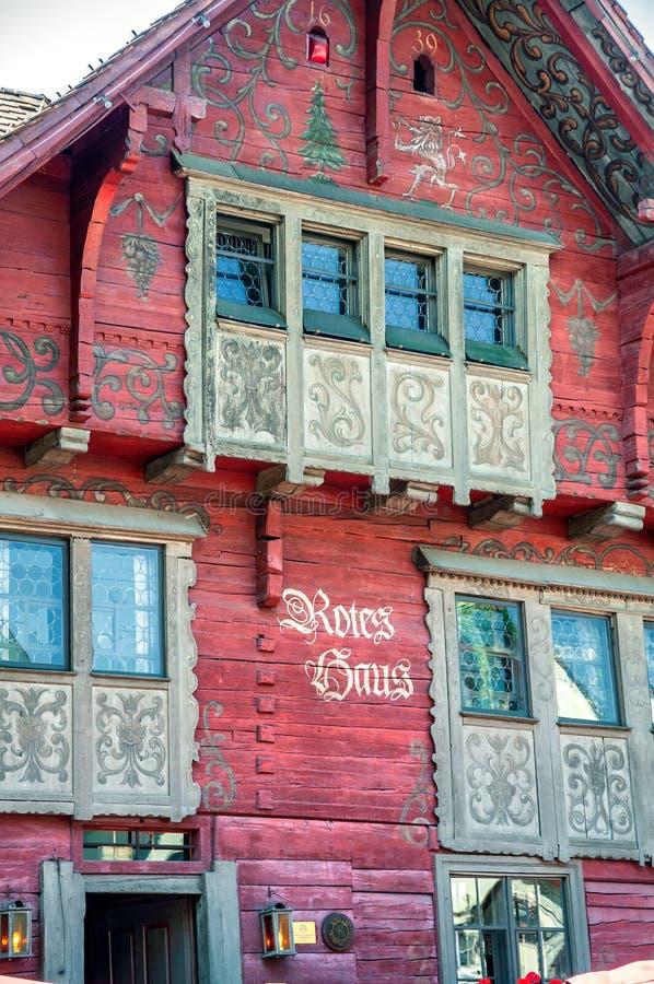 """Το διάσημο """"κόκκινο σπίτι Rotes Haus σε Dornbirn, Αυστρία στοκ εικόνες"""