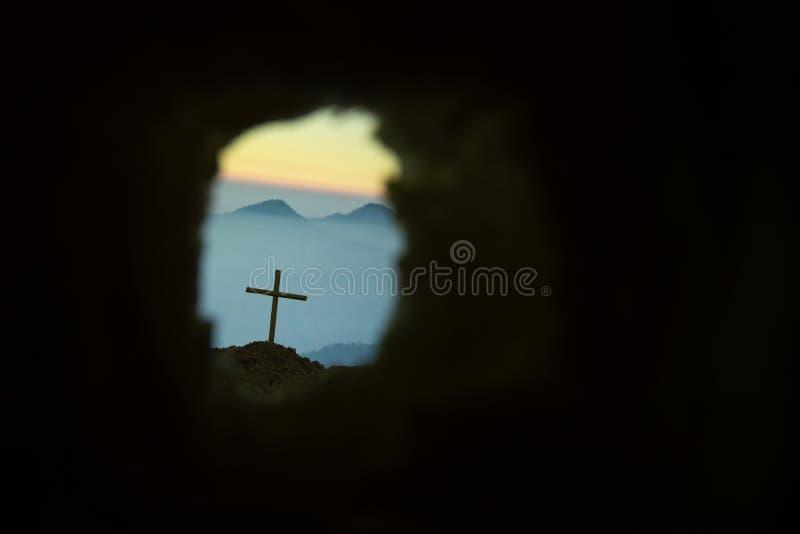 Το διαγώνιο σύμβολο για το Ιησούς Χριστό αυξάνεται στοκ εικόνα με δικαίωμα ελεύθερης χρήσης