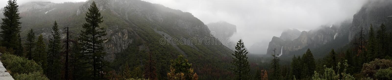 Το εθνικό ασβέστιο ΗΠΑ πάρκων Yosemite στοκ φωτογραφίες