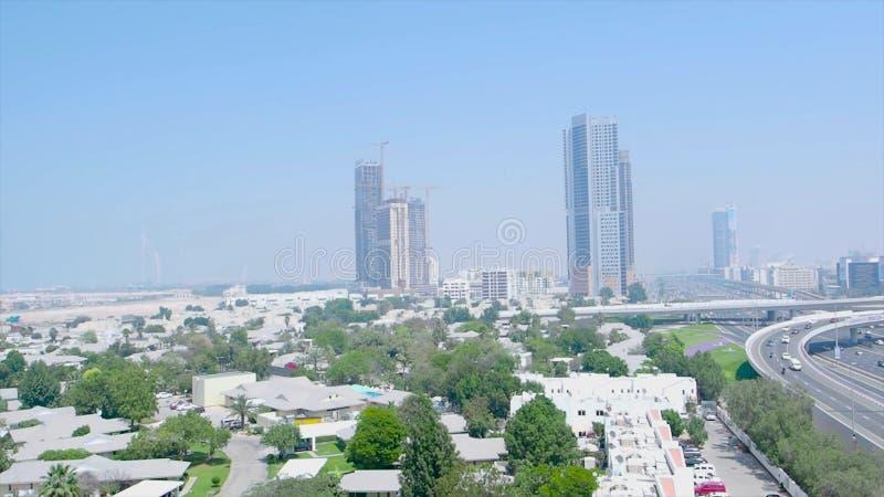 Το εμπορικό κέντρο του Ντουμπάι απόθεμα Άποψη της ζωής πόλεων του Ντουμπάι Φουτουριστική άποψη της μαρίνας του Ντουμπάι, Ηνωμένα  στοκ εικόνες