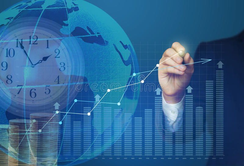 Το επιχειρησιακό άτομο σύρει ένα διάγραμμα αύξησης κέρδους απεικόνιση αποθεμάτων