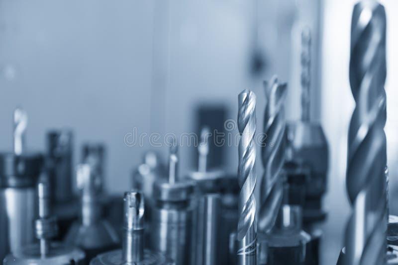 Το εργαλείο τρυπανιών και βρυσών εργαλείων τρυπών στοκ φωτογραφία με δικαίωμα ελεύθερης χρήσης