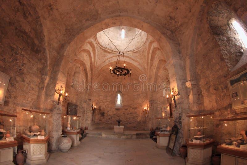 Το εσωτερικό της εκκλησίας της Kish, Αζερμπαϊτζάν στοκ φωτογραφία