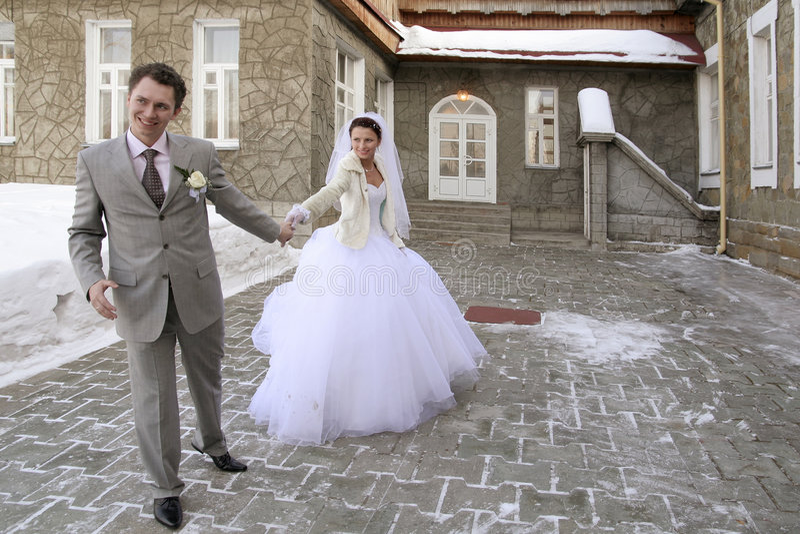 το ζεύγος πάντρεψε πρόσφα&t στοκ εικόνα