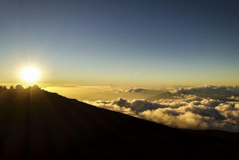 Το ηλιοβασίλεμα στην κορυφή του Haleakala, MAUI, ΧΑΒΑΗ στοκ φωτογραφία με δικαίωμα ελεύθερης χρήσης