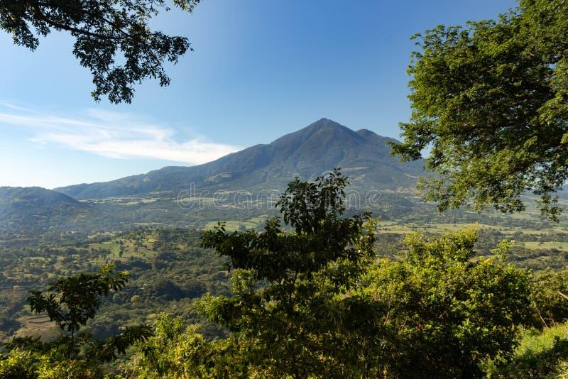 Το ηφαίστειο Chinchontepec στο San Vicente, Ελ Σαλβαδόρ, Κεντρική Αμερική στοκ φωτογραφία