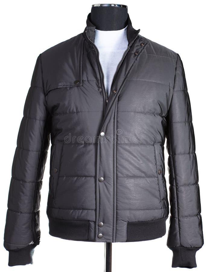 Το θερμό σακάκι των μαύρων είναι ντυμένο ένα μανεκέν. στοκ φωτογραφία