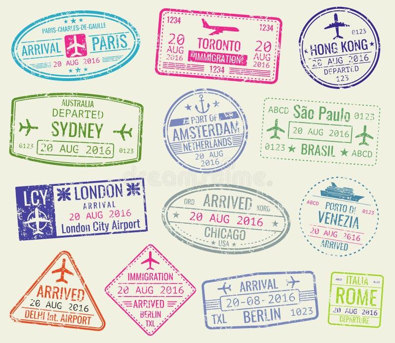 Το διεθνές διαβατήριο θεωρήσεων ταξιδιού σφραγίζει το διανυσματικό σύνολο απεικόνιση αποθεμάτων
