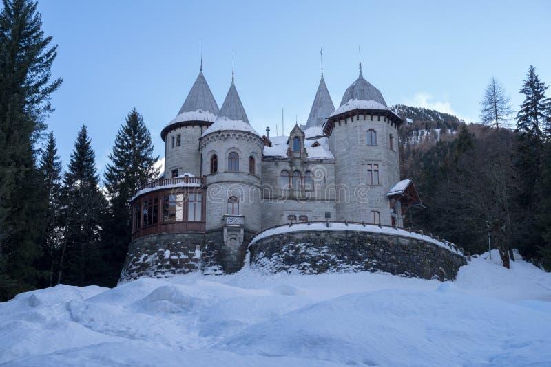 Το κάστρο κραμπολάχανου στο gressoney-ST Jean στοκ φωτογραφίες με δικαίωμα ελεύθερης χρήσης