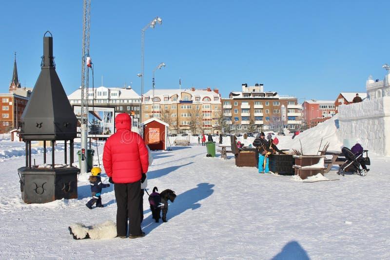 Το κάστρο χιονιού στο νότιο λιμάνι σε LuleÃ¥ στοκ εικόνες