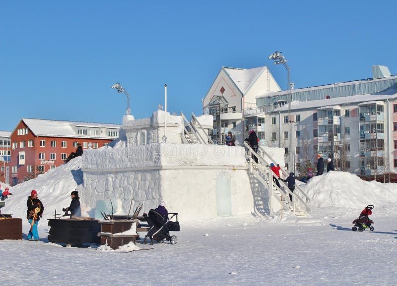 Το κάστρο χιονιού στο νότιο λιμάνι σε LuleÃ¥ στοκ εικόνες με δικαίωμα ελεύθερης χρήσης